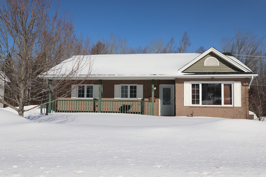 SOLD…28 Lansdown Ave, Oromocto…$214,000