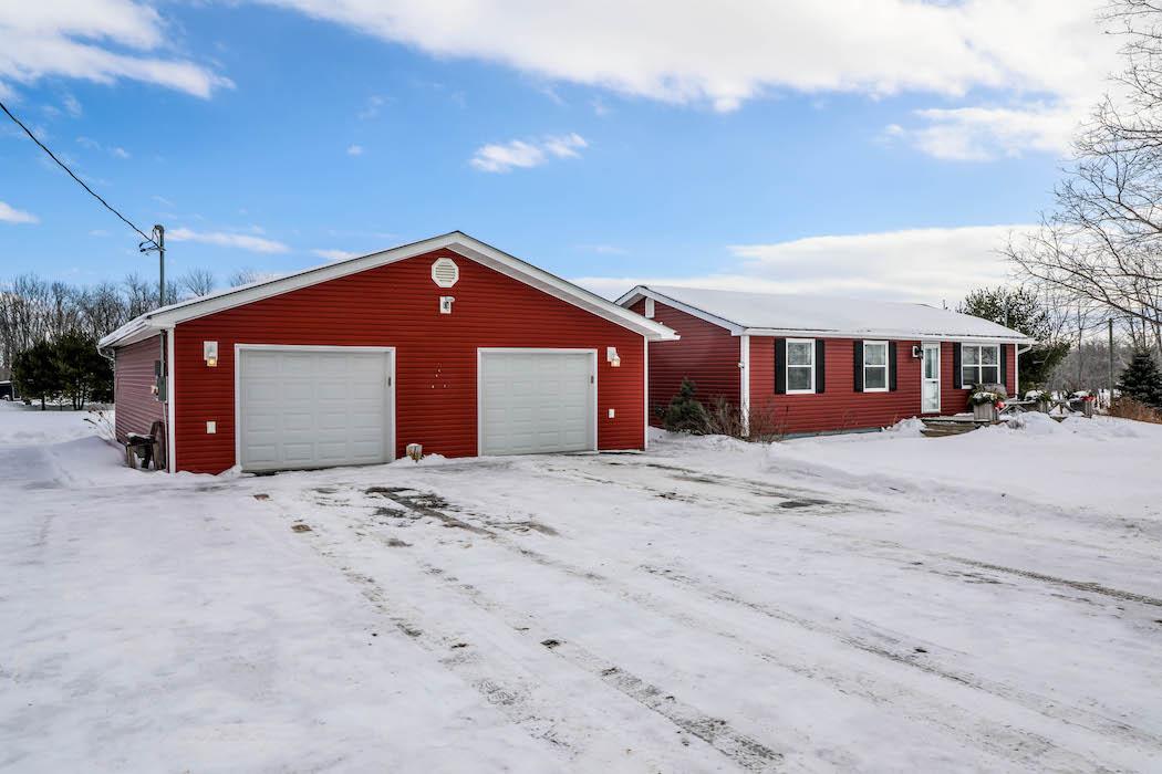 406 Route 690, Lakeville Corner…$189,900